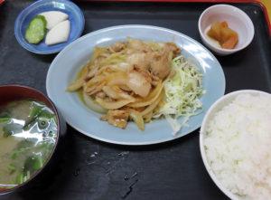 「生姜焼き定食」、定食はすべて580円均一