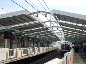 リニューアルした大倉山駅(2018年2月7日)