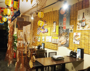 東日本大震災の復興支援にと「浜の牡蠣小屋(かきこや)」を開業した