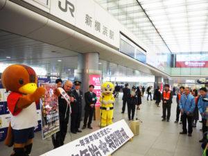 年末年始特別警戒としては初となる「大日本プロレス」とのタイアップを岡林選手がアピール