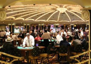 横浜市の市民説明会資料にも使われている「カジノ」のイメージ写真。IR(統合型リゾート)全体の3%以下の床面積となるが、収益の多くはカジノで得る仕組みだという(Pixabayより)