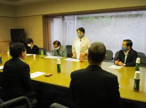 萩生田さんがマスク寄贈に至ったエピソードや製作秘話を披露