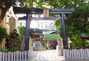 菊名神社や蓮勝寺など、地元エリアの歴史や、鶴見区エリアの谷戸やせせらぎなどに初夏の自然も感じられそう(写真は2018年6月の菊名神社、イメージ)