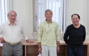新羽の街の魅力を「竹林と小松菜」と語る磯部さん(最右)は、青少年指導員として10年間活動してきた経験を持つ