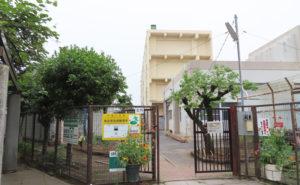 秋本さんが「学校運営協議会」会長、「地域防災拠点運営委員会」本部長を務める太尾小学校
