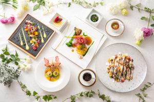 ブライダル(婚礼)の料理でも、新型コロナ対策で品数を減らし、それぞれの料理の質を高める「至福のコース」プランの提案を行っている(同ホテル提供)